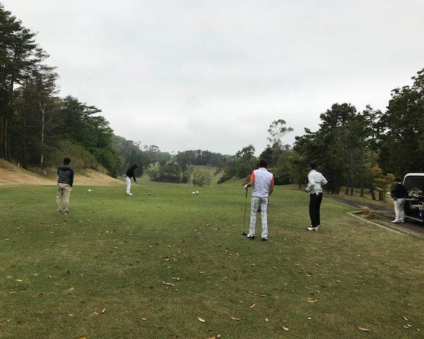 お子様カットと休日ゴルフ